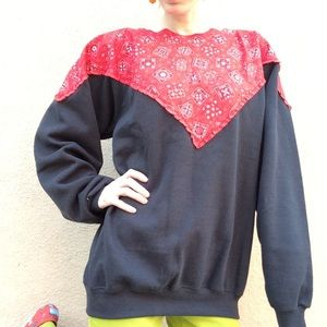 Bandana Paisley SOFT Inside Sweatshirt Scalloped